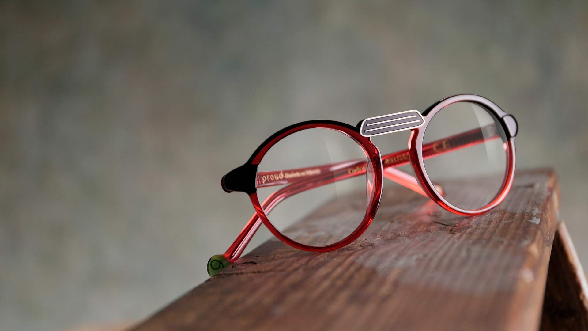 Gafas con montura de diseño sostenible Proud Eyewear