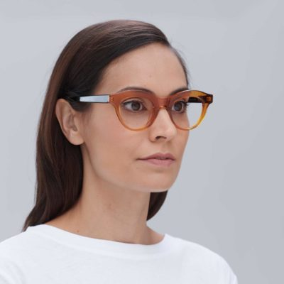 Elegant frame glasses for women carmelo and black