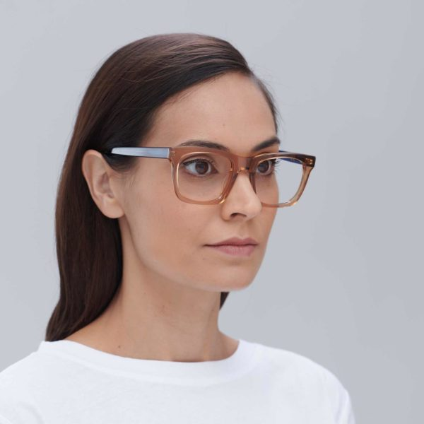 Gafas para graduar de moda sostenible color beige y azul