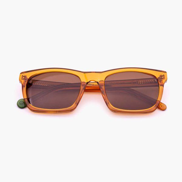 Gafas de sol de moda sostenible color caramelo Oporto Proud eyewear