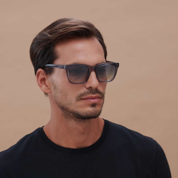 Gafas de sol sostenibles modelo Oporto en color gris - Proud eyewear