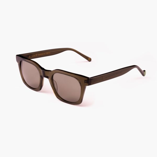 Ecological sunglasses in green