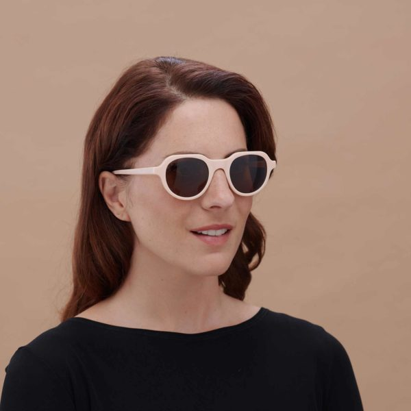 Cabañal gafas de sol juveniles de montura compostable Color Max Mara