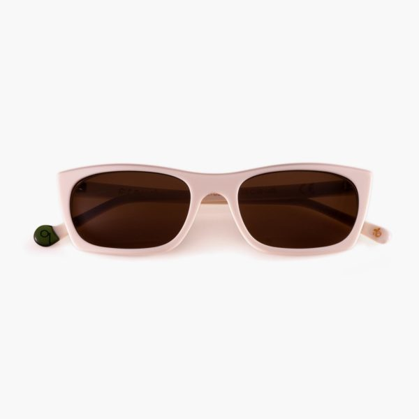 Sustainable sunglasses in white